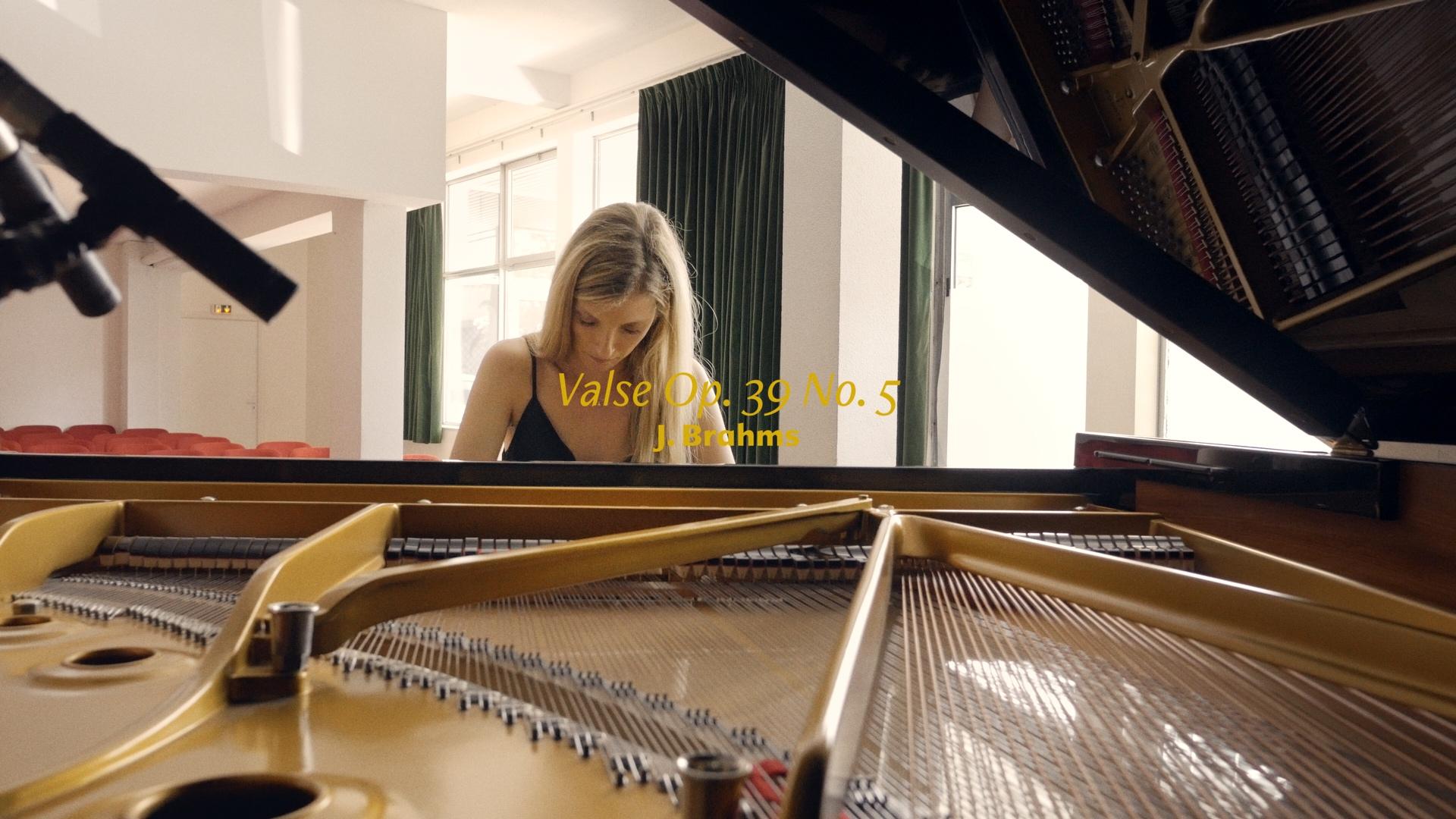 Valentine Chauvin — Création de films [ Grenoble ] | Clip Iva Despotović